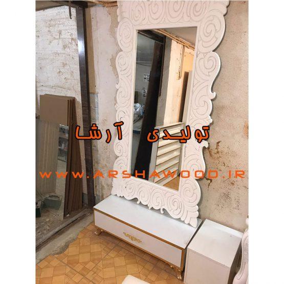عکس آینه و کنسول قدی چوبی